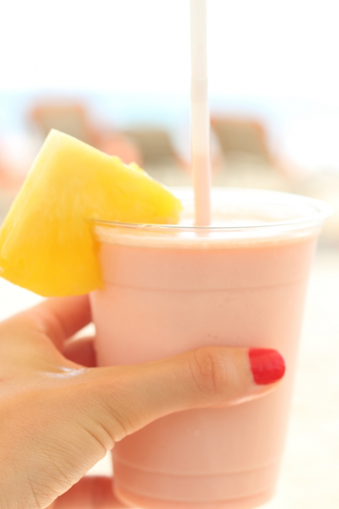 Guava smoothie from the Hau Tree Bar at the Mauna Kea Beach Hotel