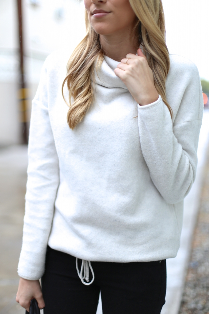 Cozy turtleneck sweater I Adorned With Love