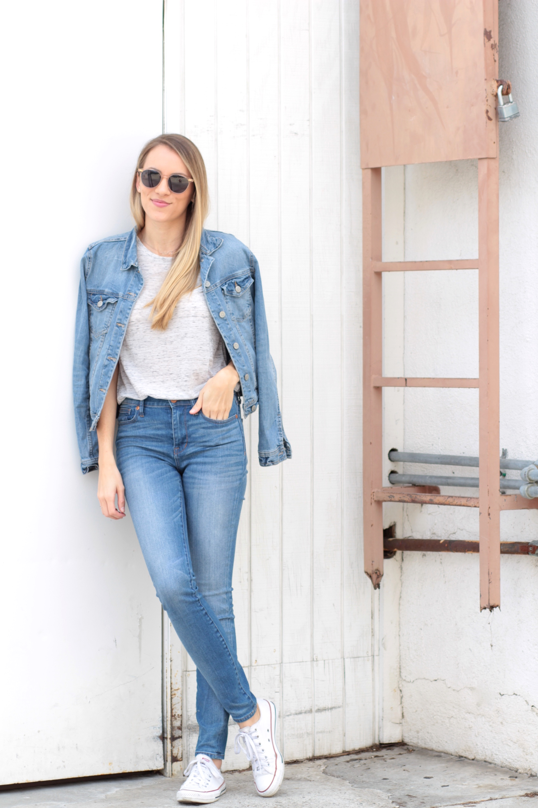 Bella Luxx tee, Madewell jeans, Toms sunglasses | Adorned With Love
